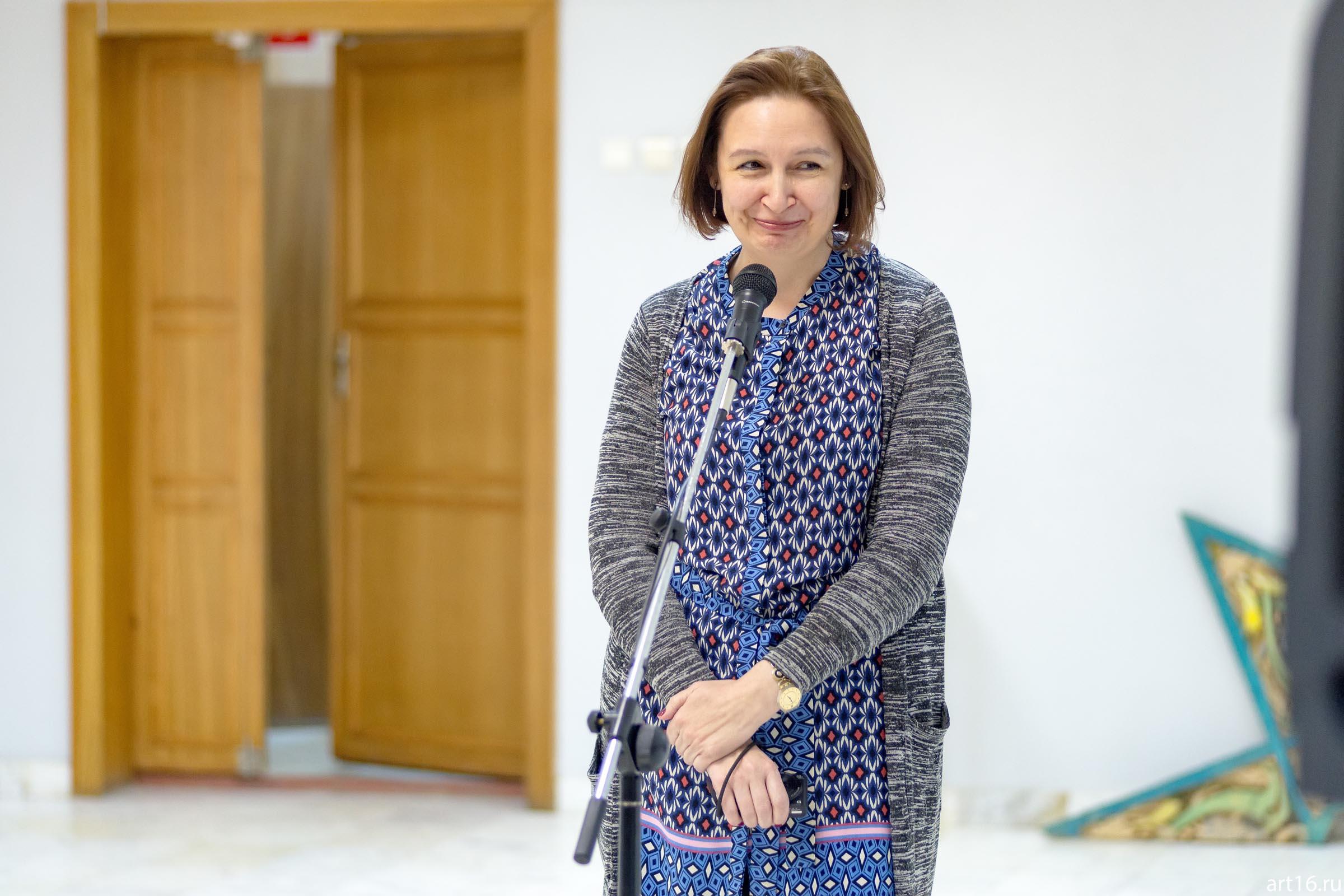 Ахметова Дина Ирековна::Персональная выставка. Альфия Ильясова–Саргин. 8 декабря 2016