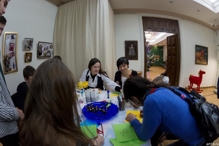 Лариса Рябинина, Елена Ермолина::Новогодние истории нереальных героев. Кукольные сезоны