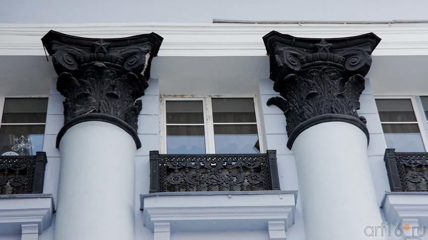 Фото №91753. Сталинский ампир. Фрагмент фасада ДК им В.И.Ленина. Пермь