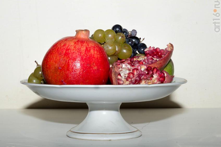 Натюрморт с гранатами и виноградом::Коллекция