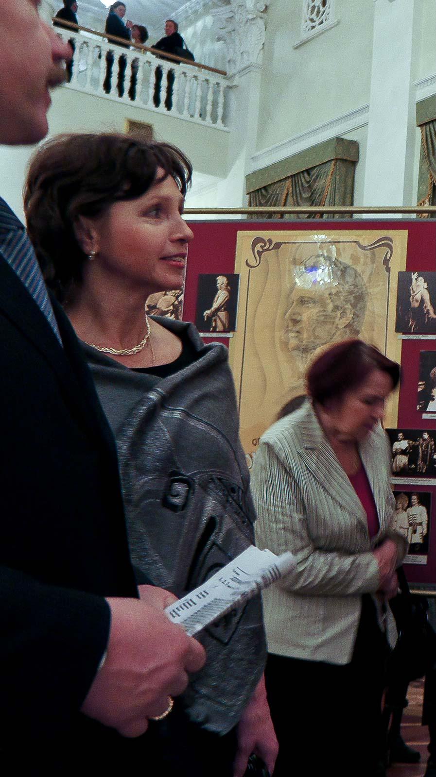 Фото №91923.  В зеркальном холле Татарском театре оперы и балета им.М.Джалиля