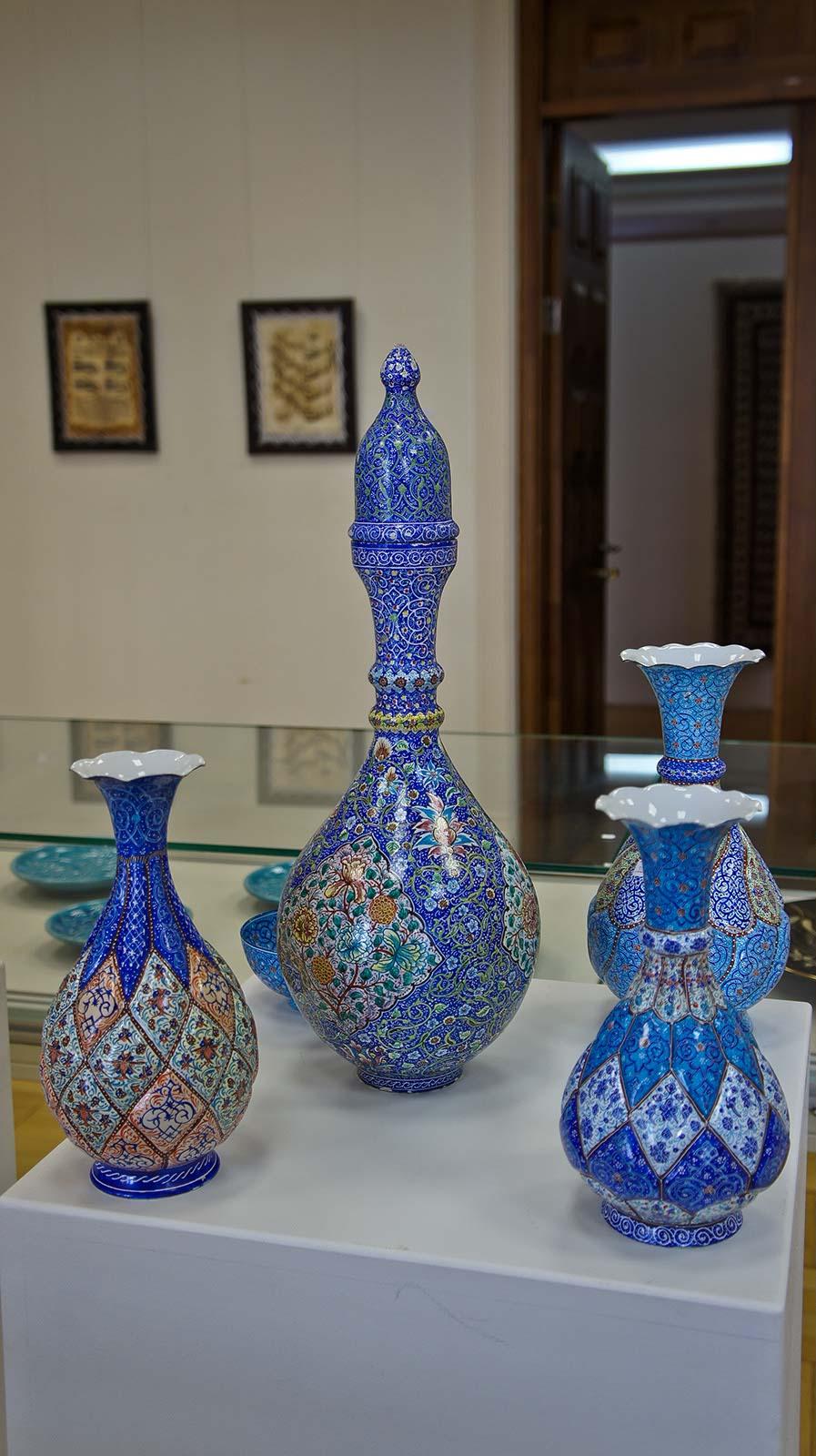 Фото №92006. Декоративные вазы с орнаментом