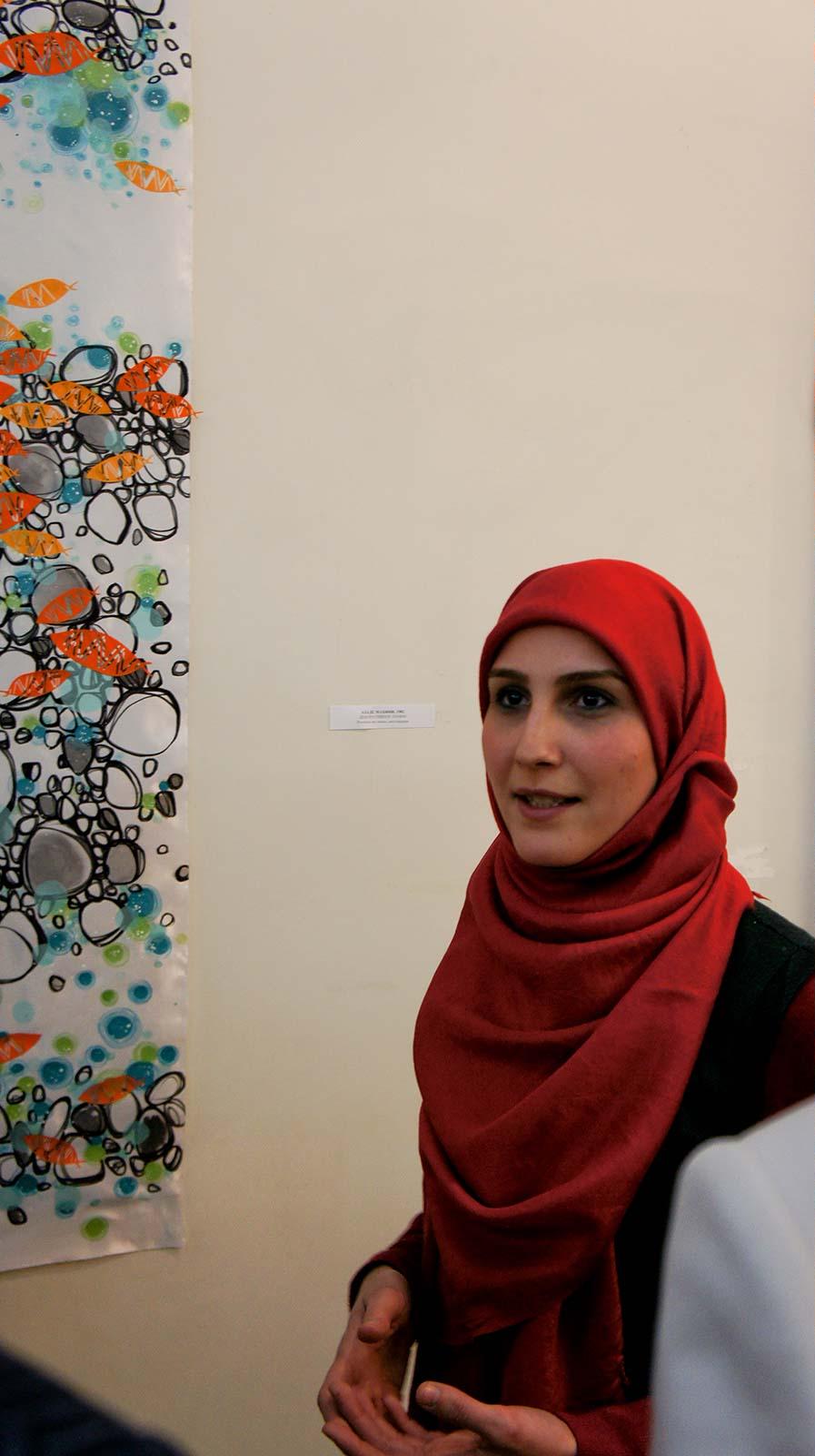 Фото №92181. АЗАДЕ МАХИНИ на выставке ''Иран в зеркале искусства''