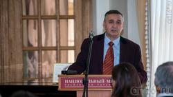 Валеев Рафаэль Миргасимович, д.и.н., профессор, заслуженный работник культуры РТ