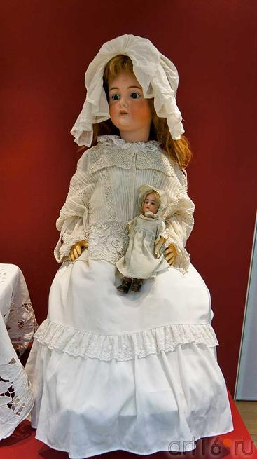 Шраер и Фингергут, Россия, 1907, фарфор::Та самая кукла