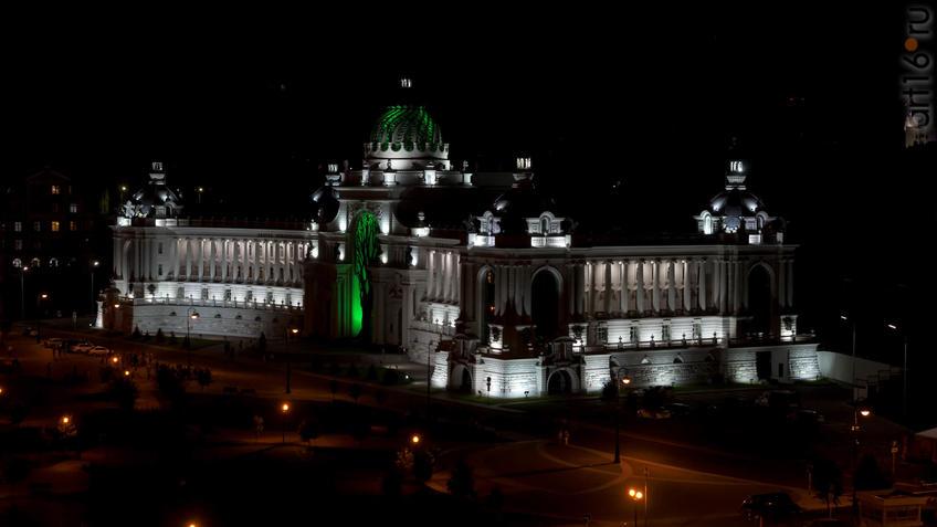Вид со смотровой площадки Казанского кремля::«Великая музыка кино». Квартет Розарио Джулиани