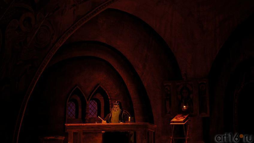 """Действие первое, картина первая. В келье Чудова монастыря старец Пимен пишет летопись::Модест Мусоргский """"Борис Годунов"""""""