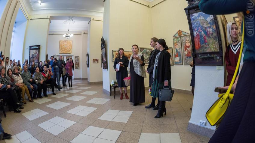 Елена Титова, Татьяна Зебегина::Елена Титова. Живопись. Выставка ''Она''