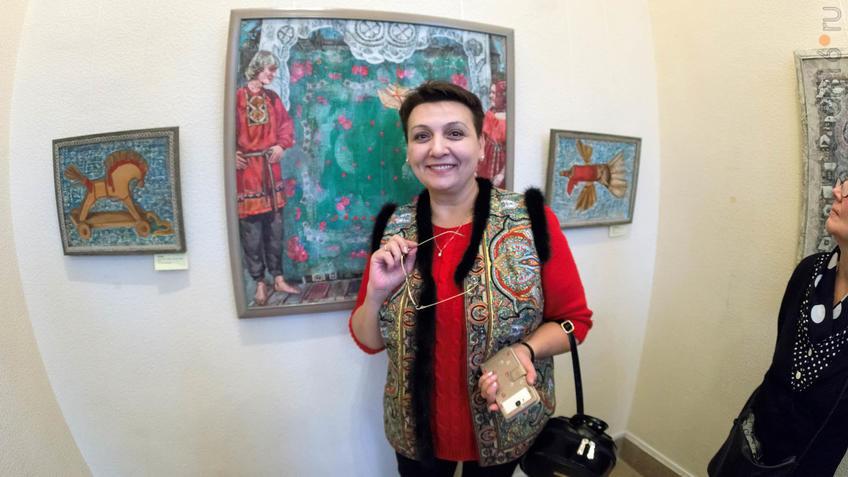 Ольга Новикова на выставке Е. Титовой ʺОнаʺ::Елена Титова. Живопись. Выставка ''Она''