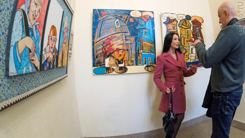 В экспозиции выставки Е. Титовой ʺОнаʺ::Елена Титова. Живопись. Выставка ''Она''