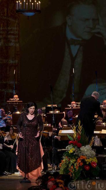 Ирина Макарова, Большой театр России, Москва::Гала-концерт 2012