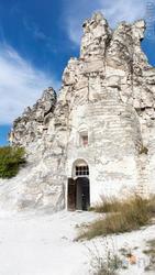 Пещерная церковь  Сицилийской иконы Божьей Матери. Вход