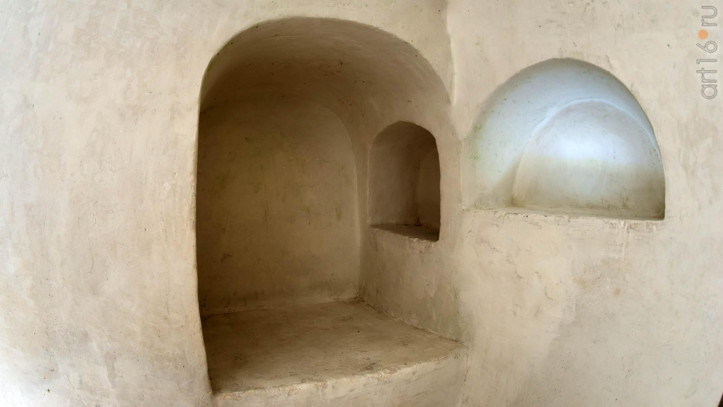 Пещерная церковь Сицилийской иконы Божьей Матери в Больших Дивах. Фрагмент::Дивногорье. 2017 сентябрь