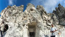 Пещерный комлекс а в Больших Дивах с церковью Сицилийской иконы Божией Матери
