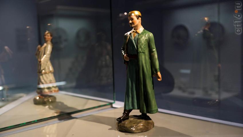 Фото №935844. Скульптура ''Казанский татарин''