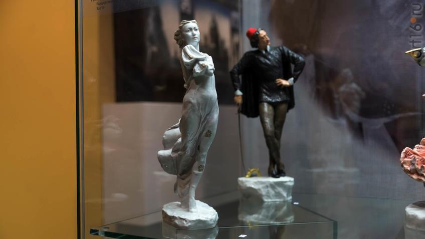 Фото №935859. Скульптура балерины Г.С.Улановой в роли Джульетты в балете Прокофьева