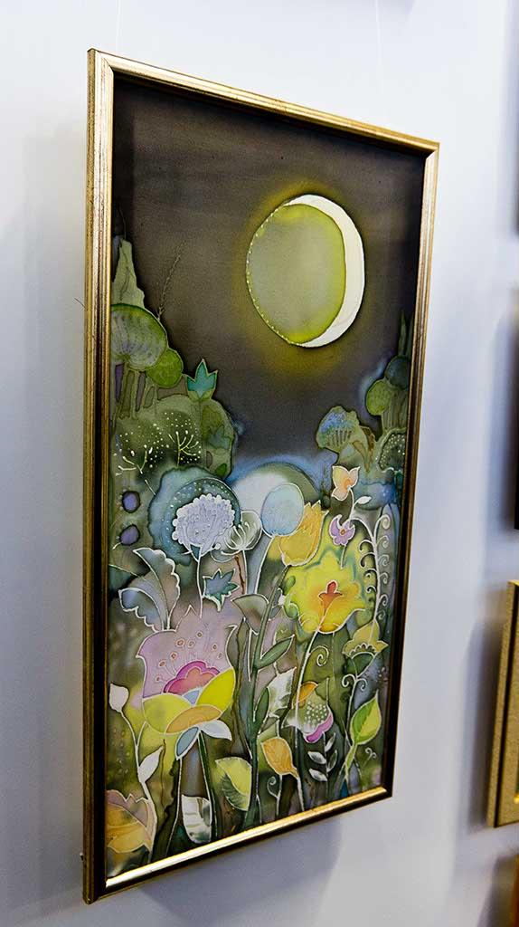 Фото №93754. Лунные цветы. Батик. Н.В.Кузьминых