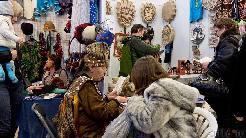 На ʺАрт-галерее. Казань-2012ʺ::Арт-галерея, Казань — 2012