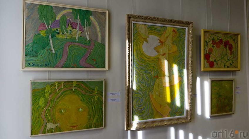Фото №93945. Фрагмент экспозиции выставки  Аникеенка А.А. 1925-1984