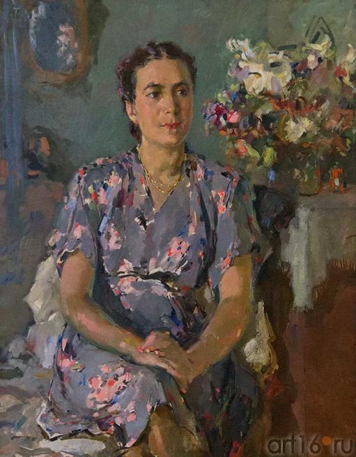 Портрет Муниры Булатовой. 1947. Б.И.Урманче. 1897-1990::к 115-летию Баки Урманче