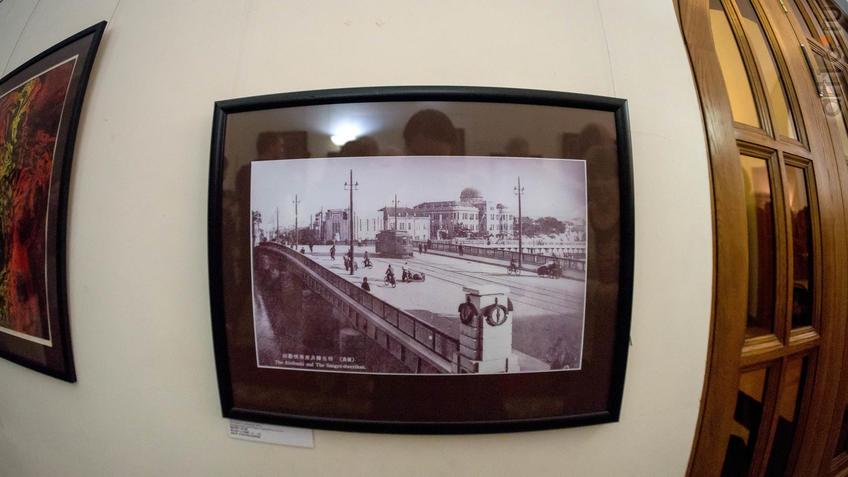Место, изображенное на фотографиях: Мост Анон. Растояние до эпицентра: 300 м.::Надир Альмеев. Выставка «Колокола Хиросимы»