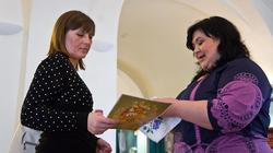 Вручение Свидетельства и ценных призов. 8 марта 2012 в НМ РТ