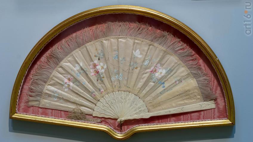 Beep plie ВЕТКА ШИПОВНИКА И НЕЗАБУДКИ. 1890-е Франция::Веер. Хранитель красоты и тайн