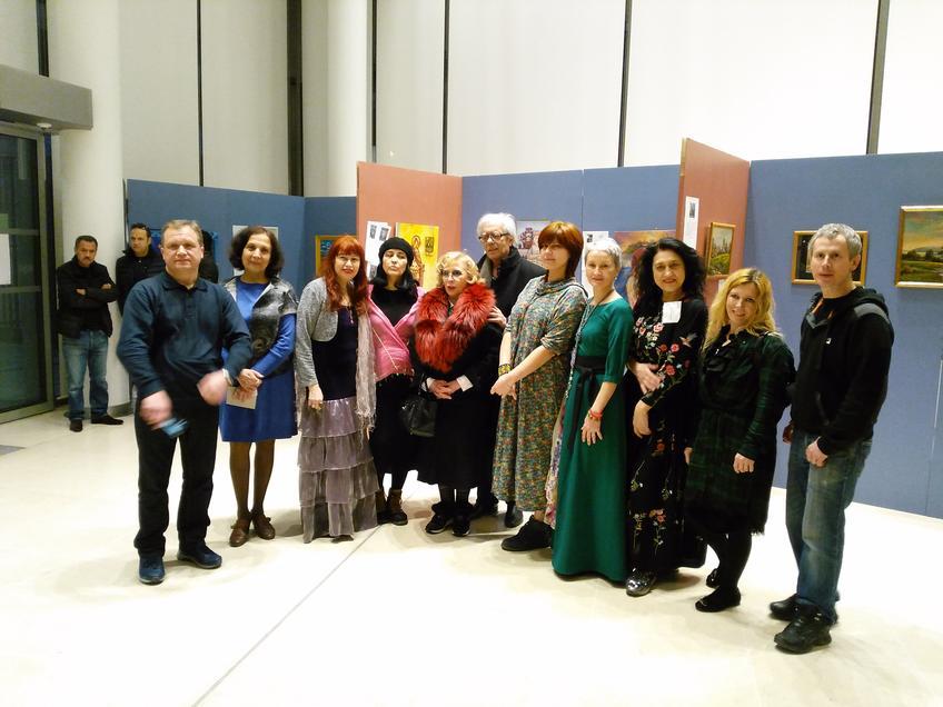 Участники выставочного проекта в Париже ( Казанского отд. ПСХ )::«Чудо-остров Свияжск - культурное наследие Татарстана» в Париже