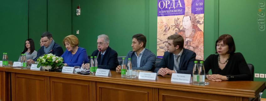 Фото №955435. Пресс-конференция по поводу открытия выставки «Золотая Орда.... »