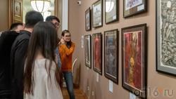 В экспозиции выставки Н.Альмеева «Шум времени»