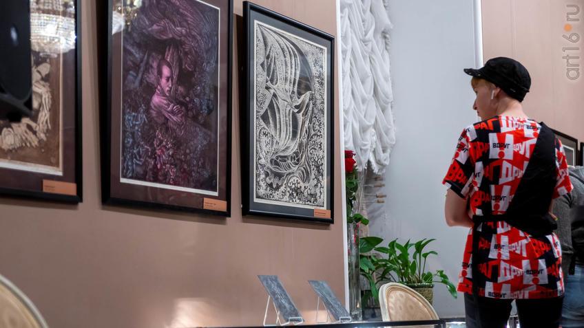 Фото №955948. На выставке Н.Альмеева в Казанской Ратуше
