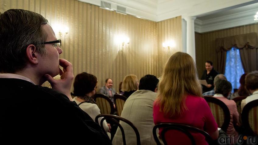 Фото №95635. На литературном вечере ''Поэтические шахматы. Эдуард Учаров – Филипп Пираев''