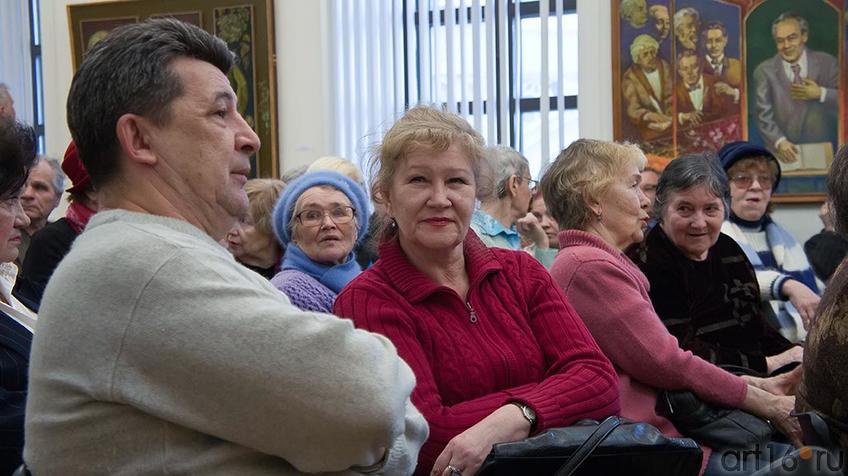 Фото №95696. Татьяна Голубцова на открытии выставки А.Абзгильдина