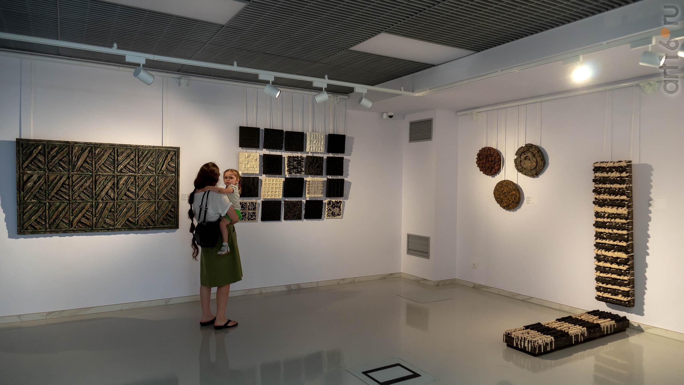 На выставке художников Дагестана, Казань::Transformatio. Современное искусство Дагестана