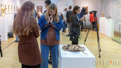 В экспозиции выставки «Аю бала» Сабирова Альфиза