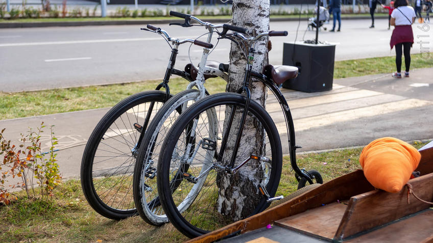 Велопраздник в Альметьевске::Паблик-арт программа «Сказки о золотых яблоках»