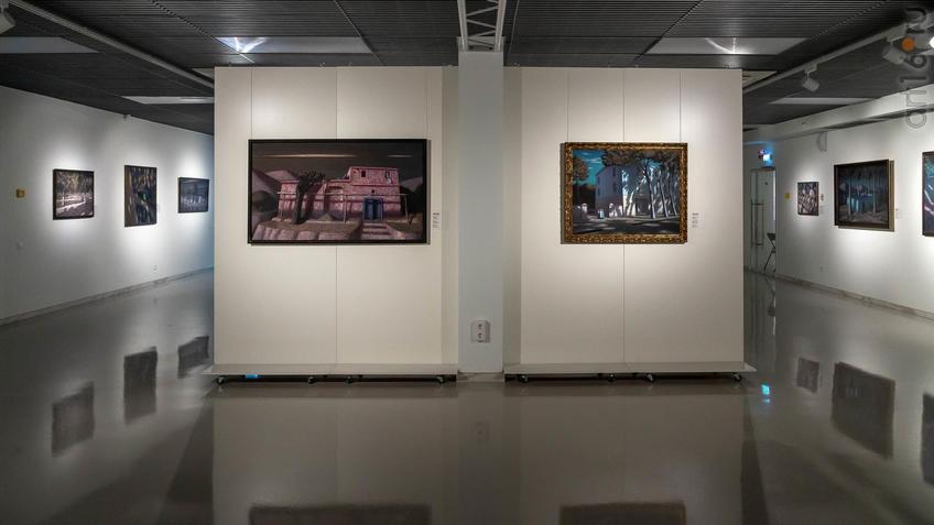 Фото №961771. Фрагмент экспозиции выстаки ''К солнцу'' А.Акилова