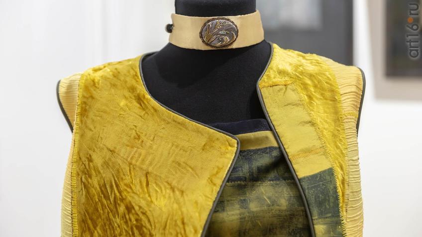 Фото №962182. Комплект платье/жилет ''Прага''. 2019. Разм. 44 (фрагмент)