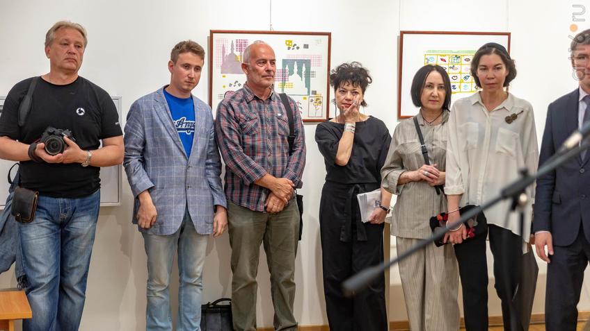 Фото №962217. На открытии выставки V Казанской международной биеннале печатной графики