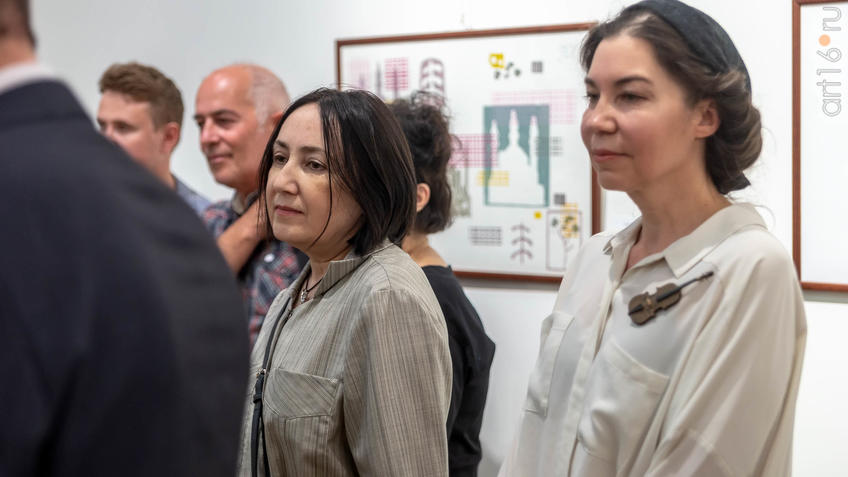 На открытии выставки V Казанской международной биеннале печатной графики::5-я Казанская международная биеннале печатной графики «Всадник»