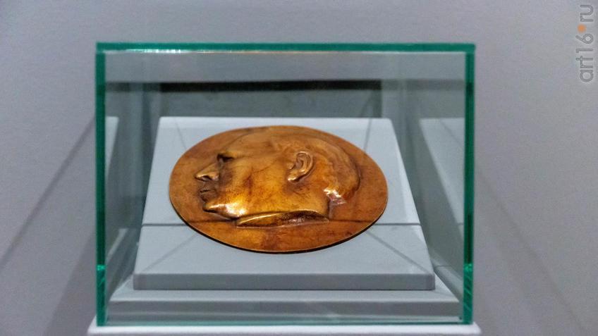 Портрет Георга Кольбе. 1937. Рихард Шайбе (1879-1964), Германия::Матисс. Пикассо. Шагал...