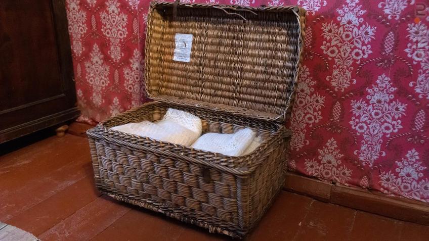 Фото №965549. Плетеная корзина. Предмет из воссозданной жилой комнаты М.А.Ромася