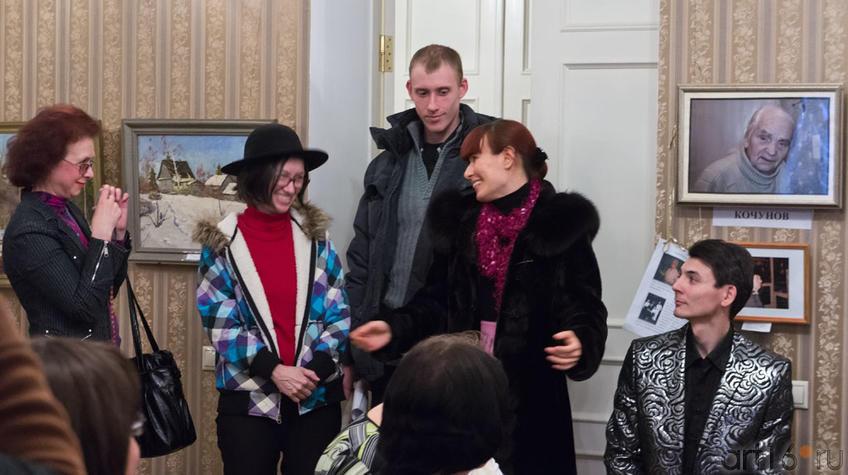 Фото №96851. Наиля Ахунова и Дина Садыкова (в центре)