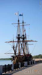 Реплика линейного корабля времен Петра I «Гото Предестинация»