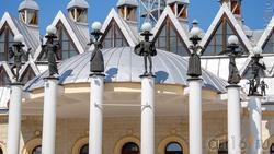 Здание театра кукол «Шут» (фрагмент)