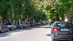 Улица Комиссаржевской. Фото со стороны Пр. Революции