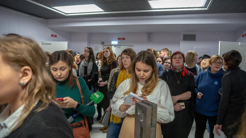 На открытии выставки Массимо Гьотти  «Гуманность металла»::Массимо Гьотти «Гуманность металла»