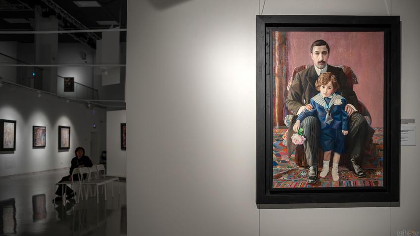 Портрет А.Ф.Азибера с сыном. 1915. Павел Николаевич Филонов. 1883-1941::Павел Филонов «Глаз видящий, глаз знающий»