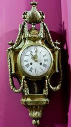 Часы настенные. Франция. XIX в Мастер-часовщик Колен