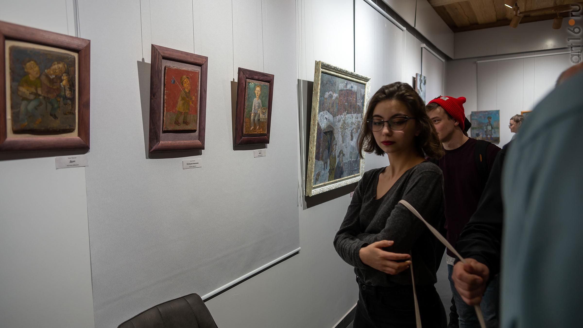 На выставке Олега Иванова:: Олег Иванов (1961-2020). Выставка